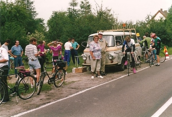 Tour Bus Barkas 1993